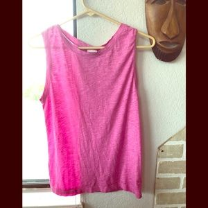 Pink Camisole. Color pink. Size xs